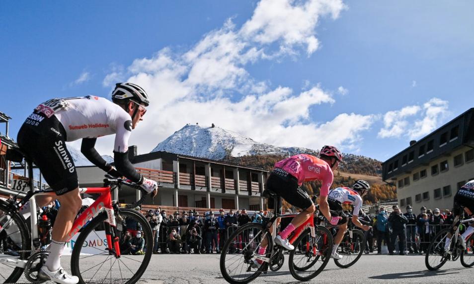 Paisagens deslumbrantes no Giro d'Italia